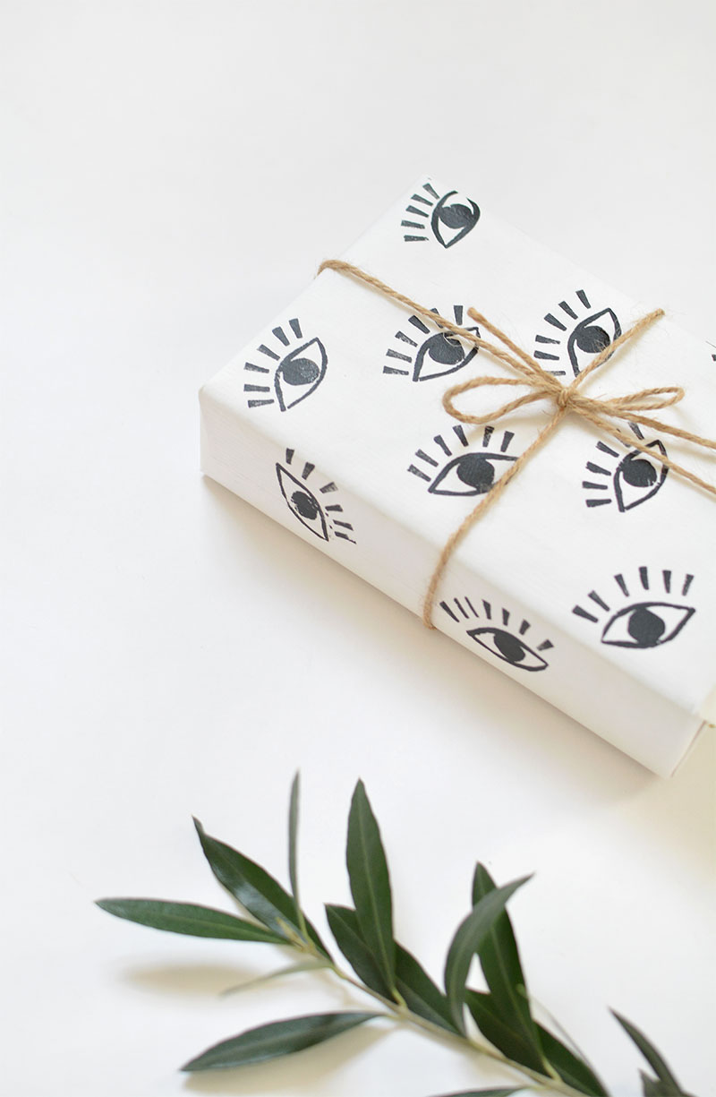 @burkatron DIY gift wrap tutorial