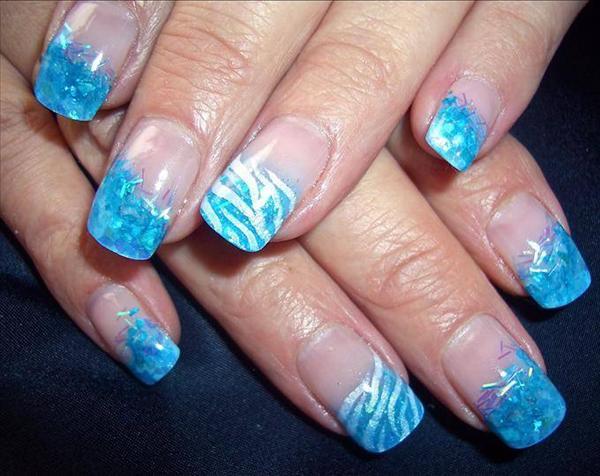 Teenage Glam: Blue Nail Art
