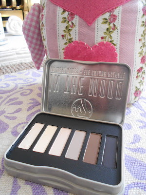 W7 In The Mood Palette