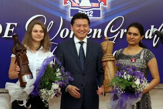 Échecs à Kazan: Muzychuk, Ilyumzhinov & Koneru - Photo © Anastasiya Karlovich