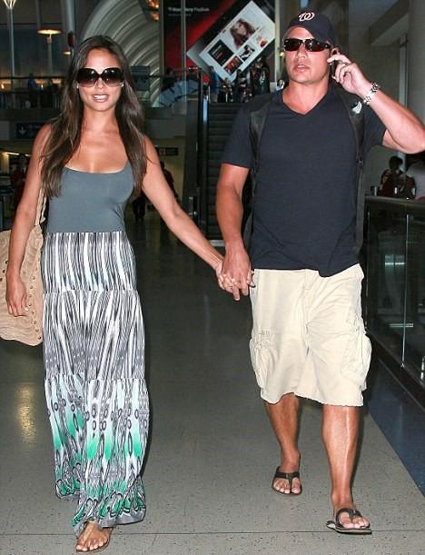 Tanned Vanessa Minnillo And Nick Lachey