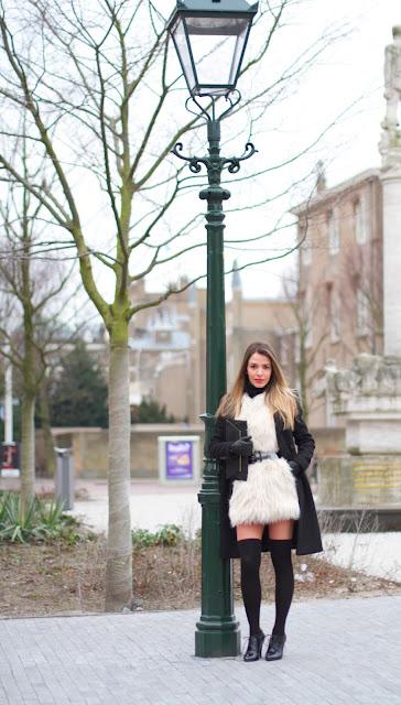 a filha do chefe blogueira colete cinto casaco meias