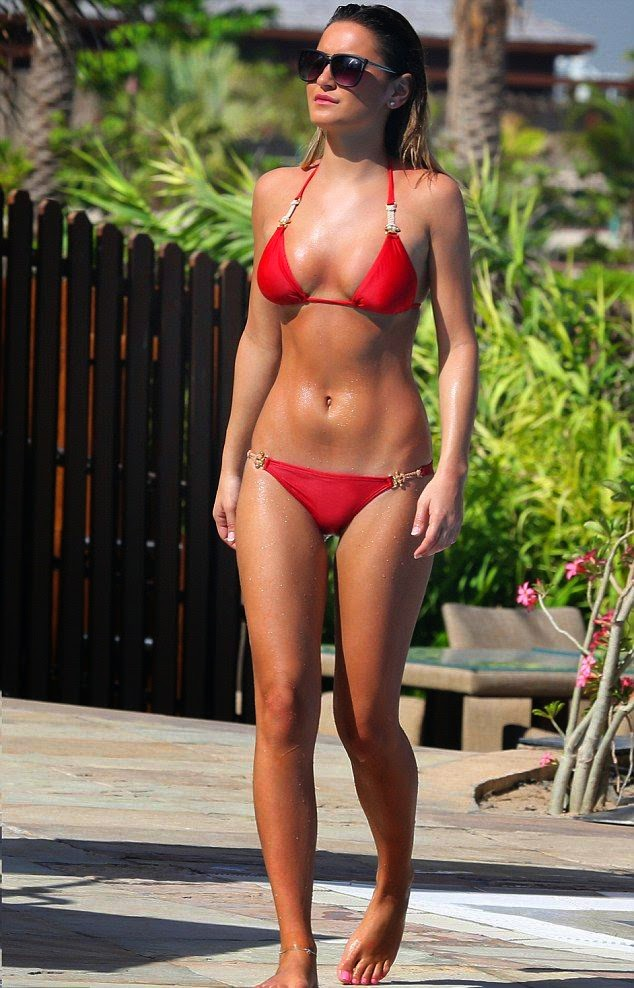 Sam Faiers showed off her toned anatomy in a red bikini recently during a vacation on Monday, April 14, 2014 in Dubai.