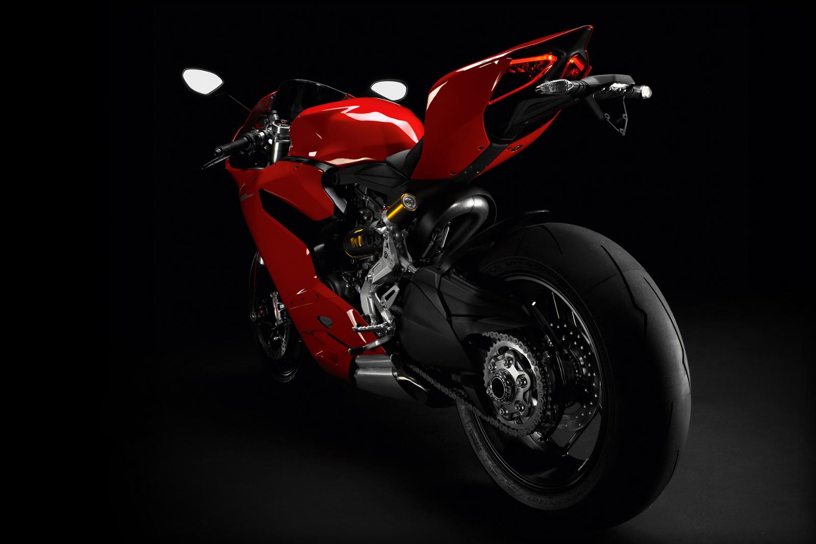 http://1.bp.blogspot.com/-D6acMrJEOfk/T2qxJAR4_YI/AAAAAAAACBU/UMkfflWe0m0/s1600/Ducati-SBK-1199-Panigale.png
