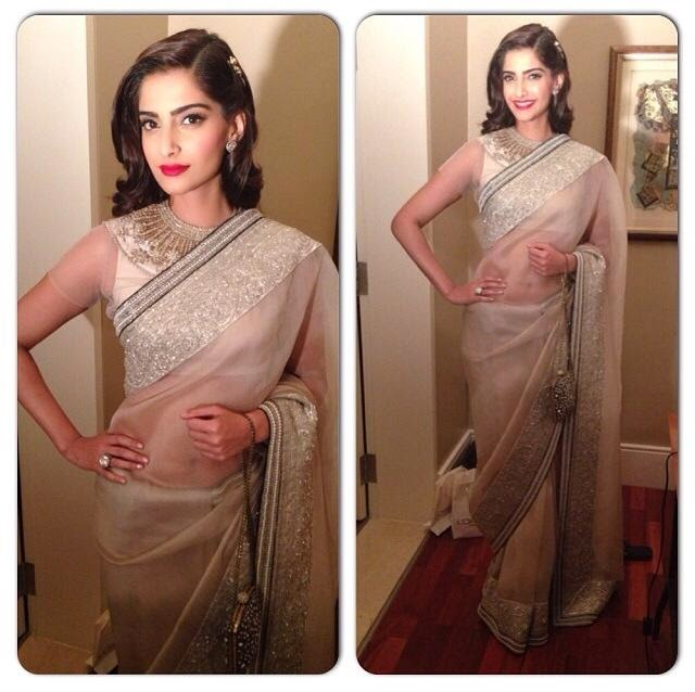Sonam in Anamika Khanna for the L'Oréal Paris India x Femina Women of Worth Awards