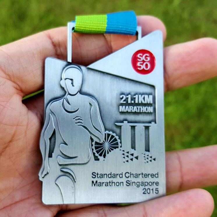 Medal (21.1km Half Marathon 2015)
