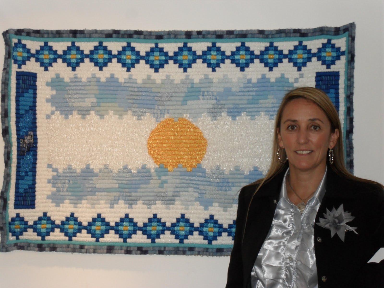 Mariana mai arte textil decoraci n y dise o 1 bandera for Decoracion 9 de julio primaria