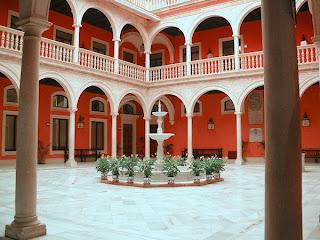 Sevilla - Patio Cajasol 02