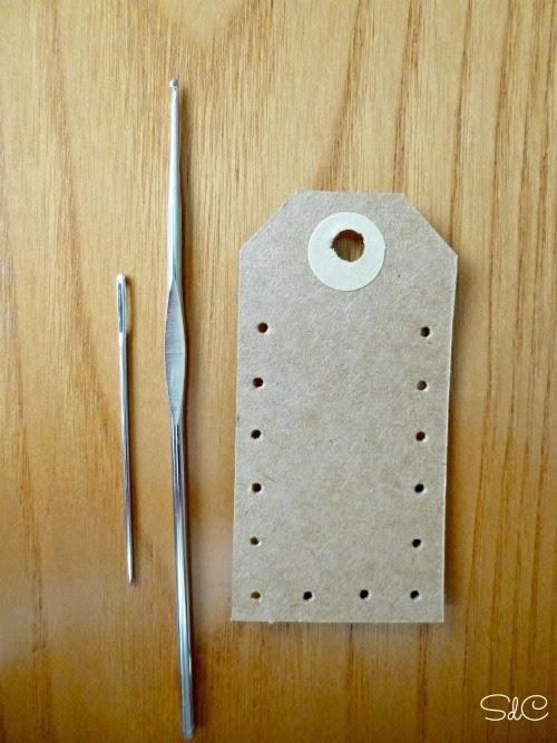 Etiquetas con puntilla de ganchillo