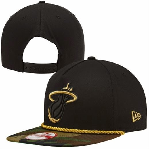 Miami Heat NBA Snapback Hat in Black/Camo