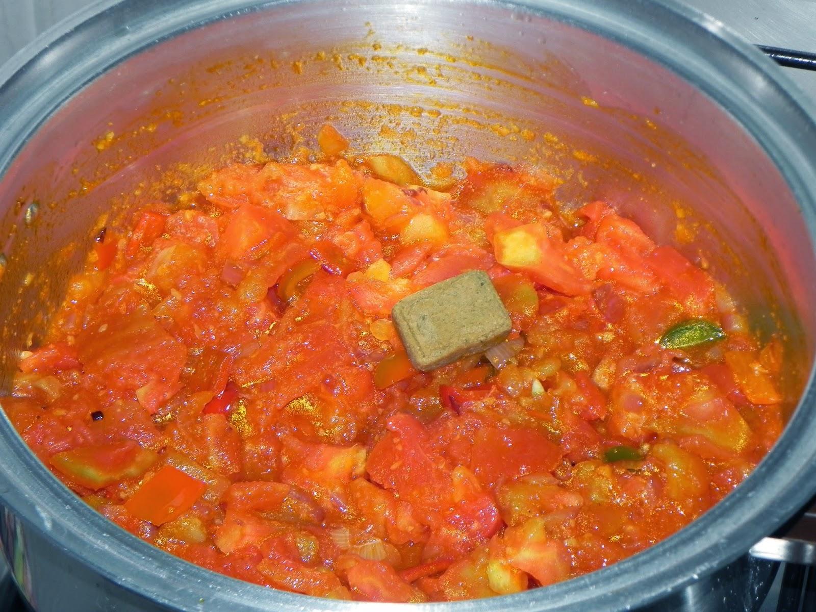 como fazer sopa de tomate