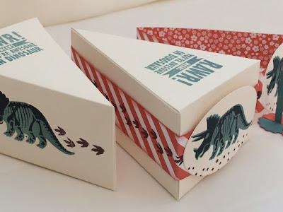 Dinosaur cake box