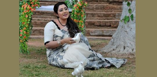 atn bangla singer eva rahman