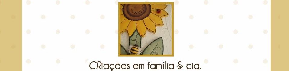 <i>CR</i>iações em família &amp; cia.
