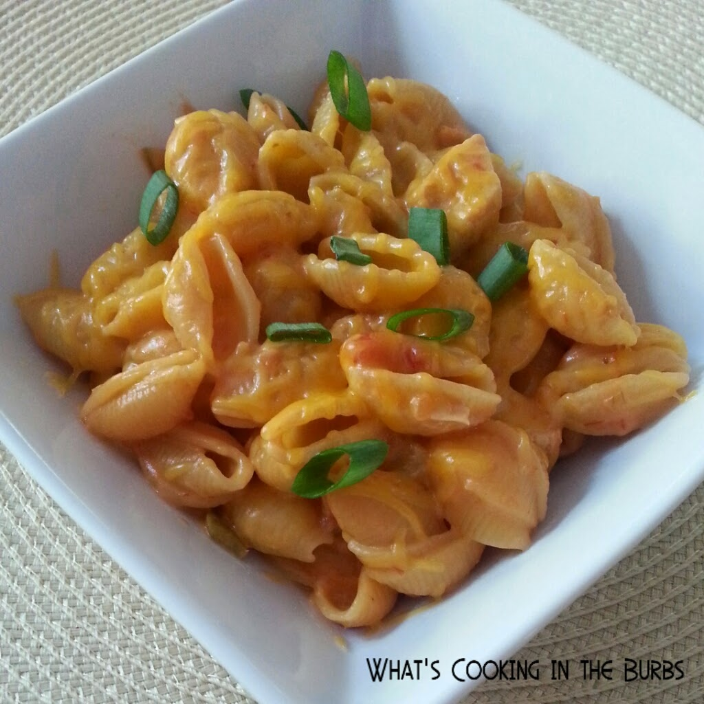What's cooking in the burbs: Cheesy Salsa Chicken Pasta
