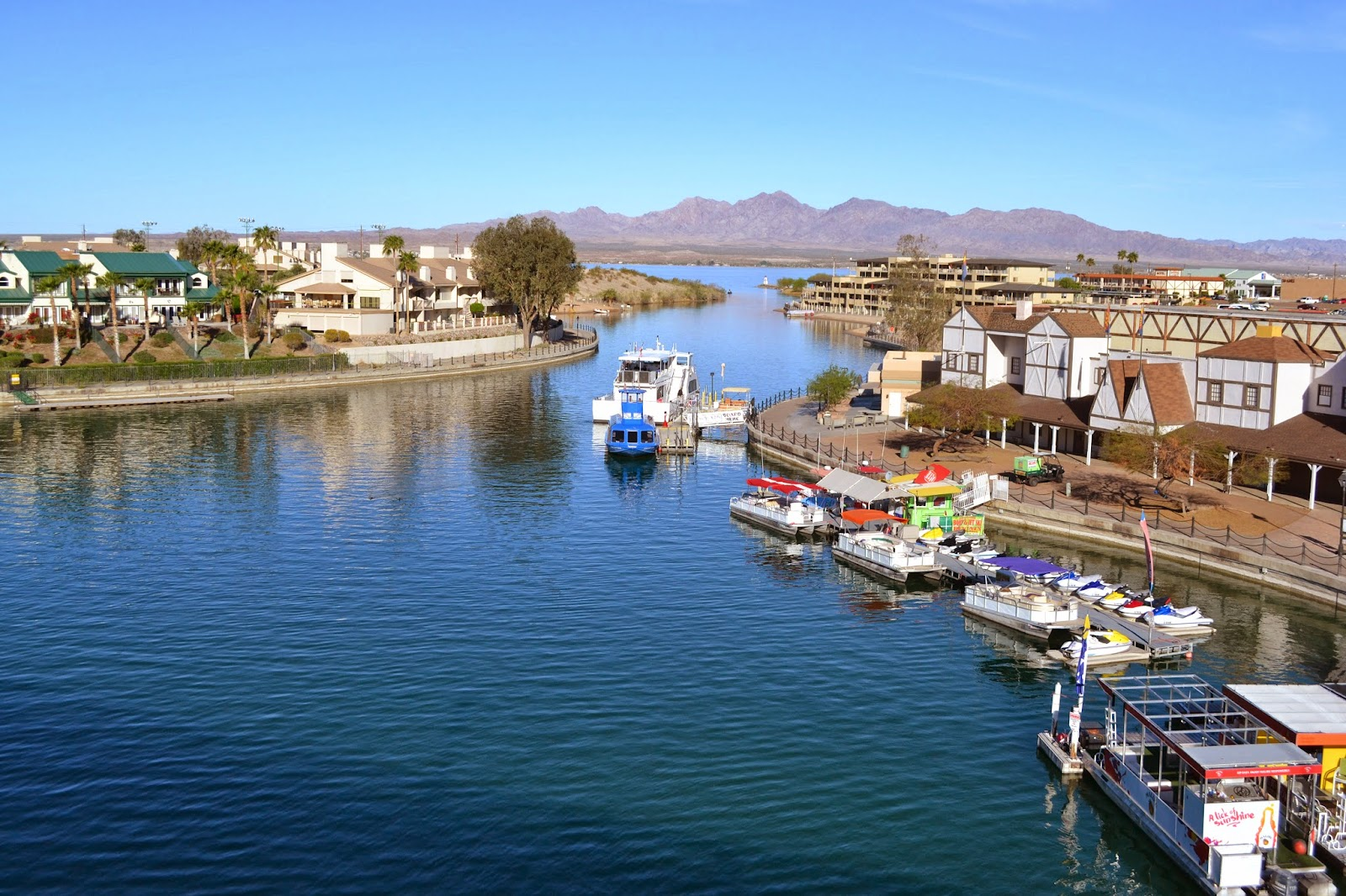 lake havasu city Weather underground provides local & long range weather forecasts, weather reports, maps & tropical weather conditions for locations worldwide.