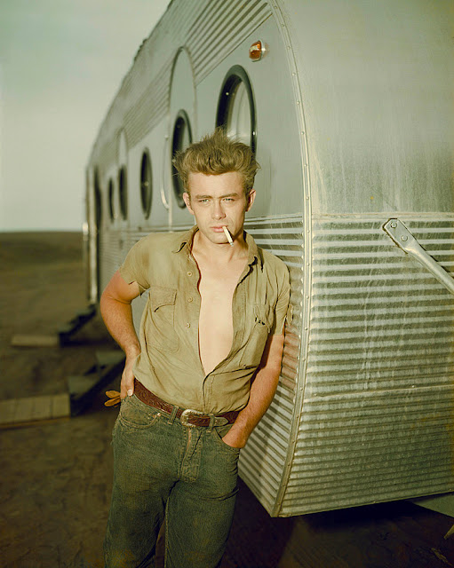 james dean no set de filmagem de gigante giant