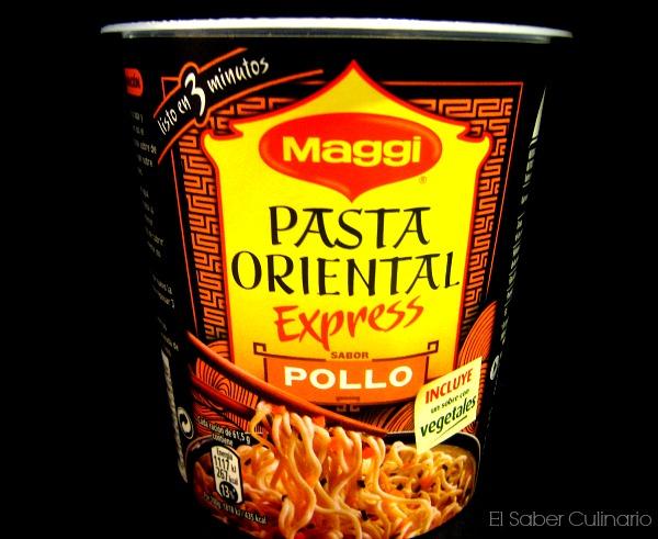 vasitos de pasta orienta maggi