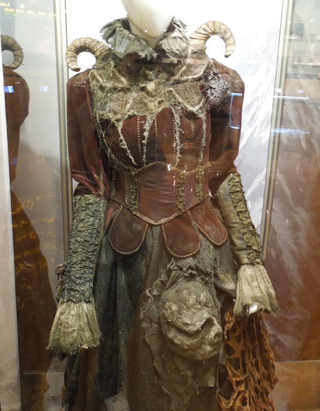 Tall witch costume detail Hansel Gretel Witch Hunters