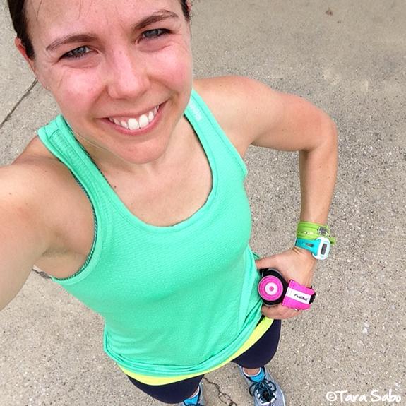 runner, running, mizuno wave enigma 5, momentum jewelry, garmin forerunner 15, fuel belt, reebok tank top, selfie