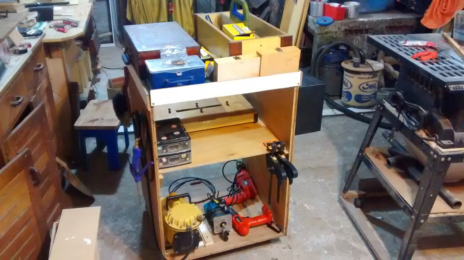 de tupia organizador com parafusos caixa grande de ferramentas e #9E6A2D 1600x898
