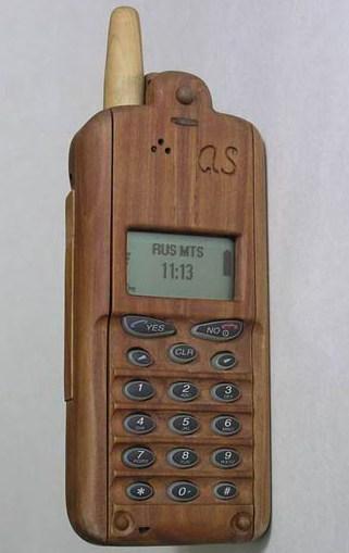телефон в деревянном корпусе