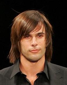 Peinados Y Estilo Cabello Largo Liso Para Hombres 2013 2014