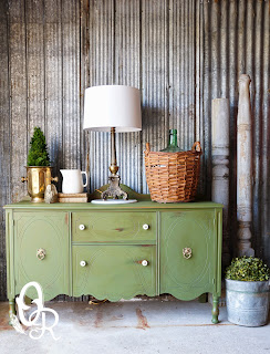 http://www.oliverandrust.com/2014/05/boxwood-buffet-take-two.html