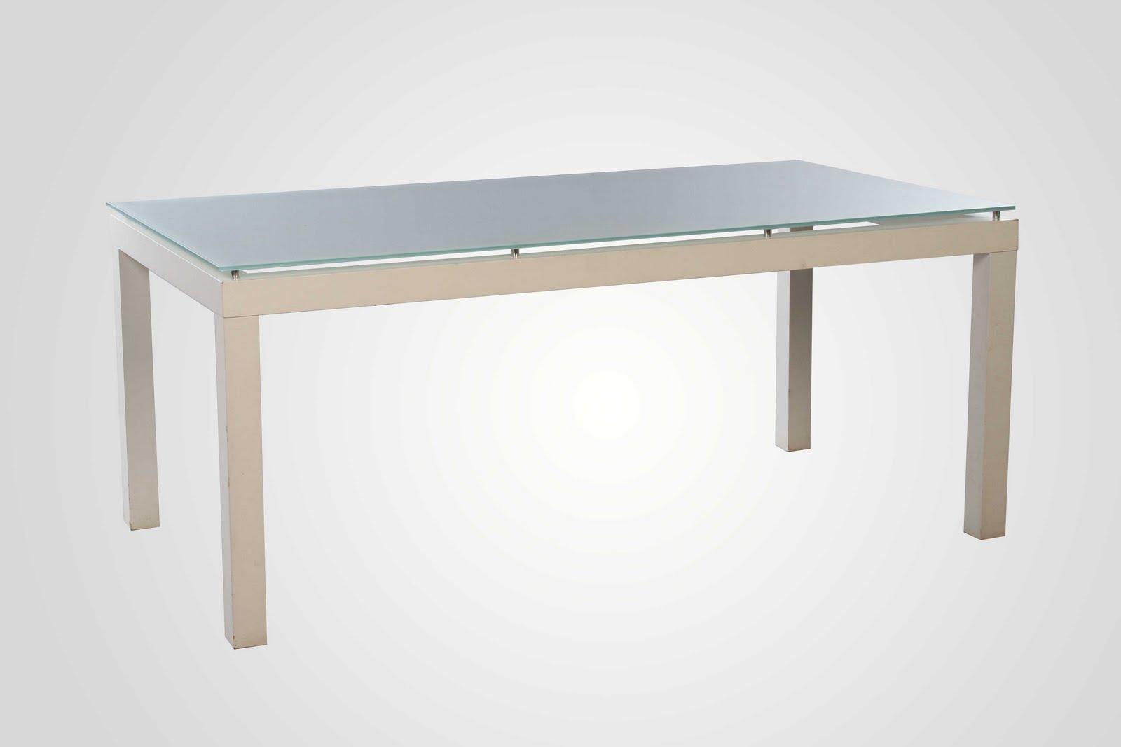 Locação de móveis e paisagismo: Mesas reunião madeira vime etc #7B6850 1600x1067