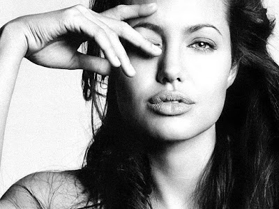 Angelina Jolie Desktop Wallpaper