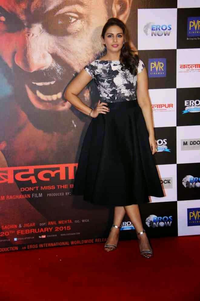 huma qureshi in black mini skirt photo