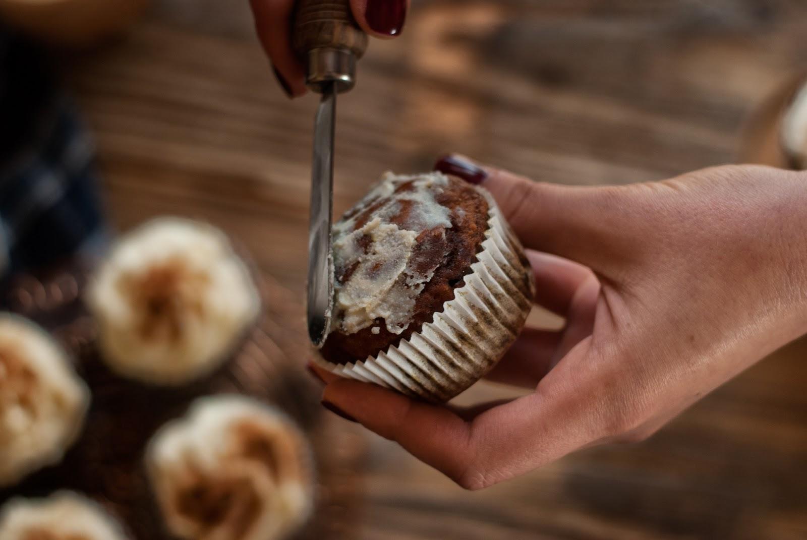 bezglutenowe muffiny z kremem twarożkowym