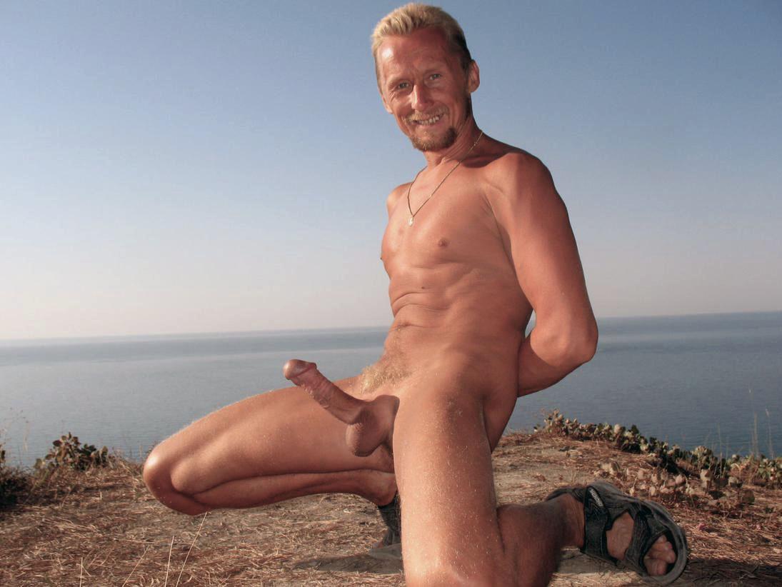 На нудистском гей пляже gt Блюсики gt Гей сайт BlueSystemInfo
