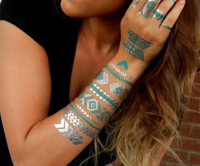 Colored Henna Tattoo Design Picture 8