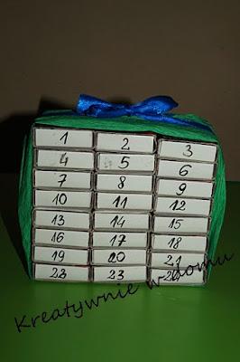 kalendarz z pudełek