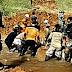 Pasca Longsor, Relawan Bahu Membahu Normalisasi Aliran Sungai