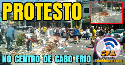 Manifestantes espalham lixo e ateiam fogo na Teixeira e Souza em Cabo Frio.