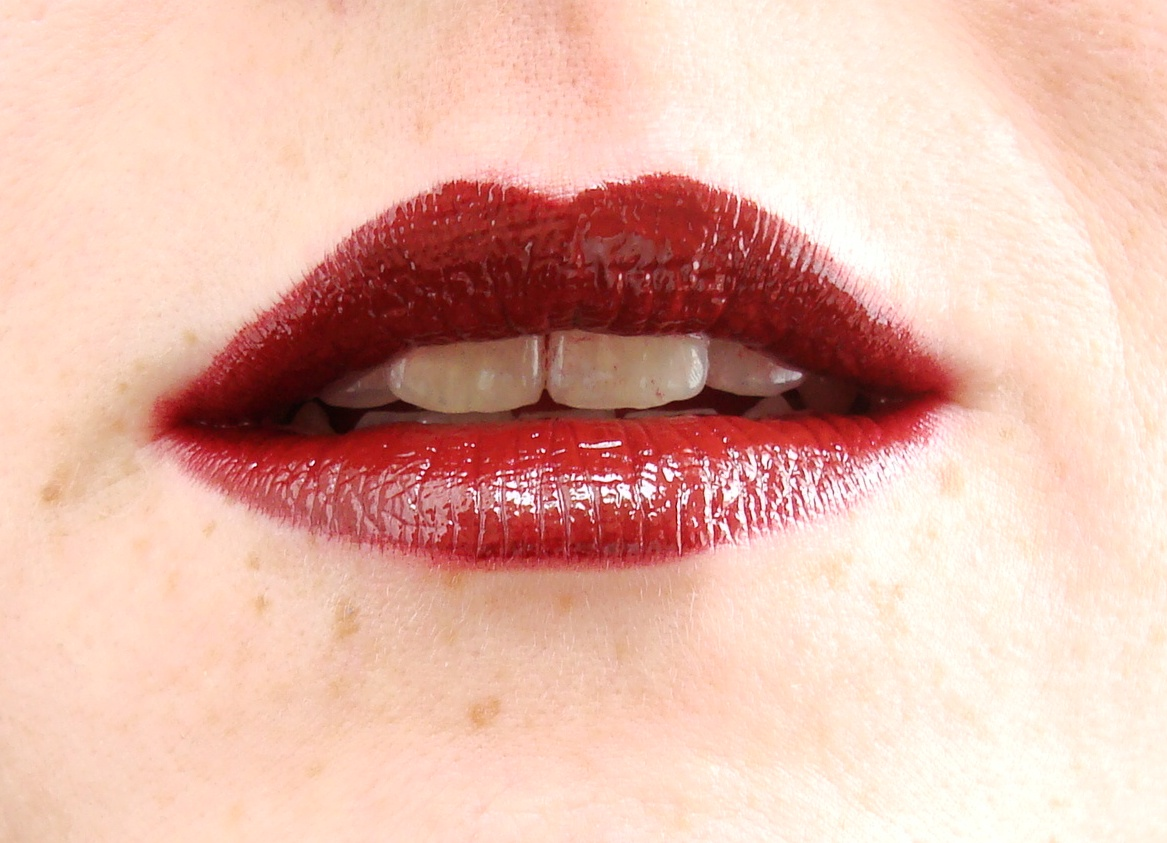 New swan   beauty blog   beauty, fashion & lifestyle: bil lipgloss ...
