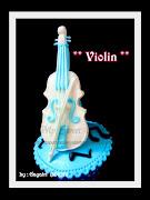 Violin Cupcake
