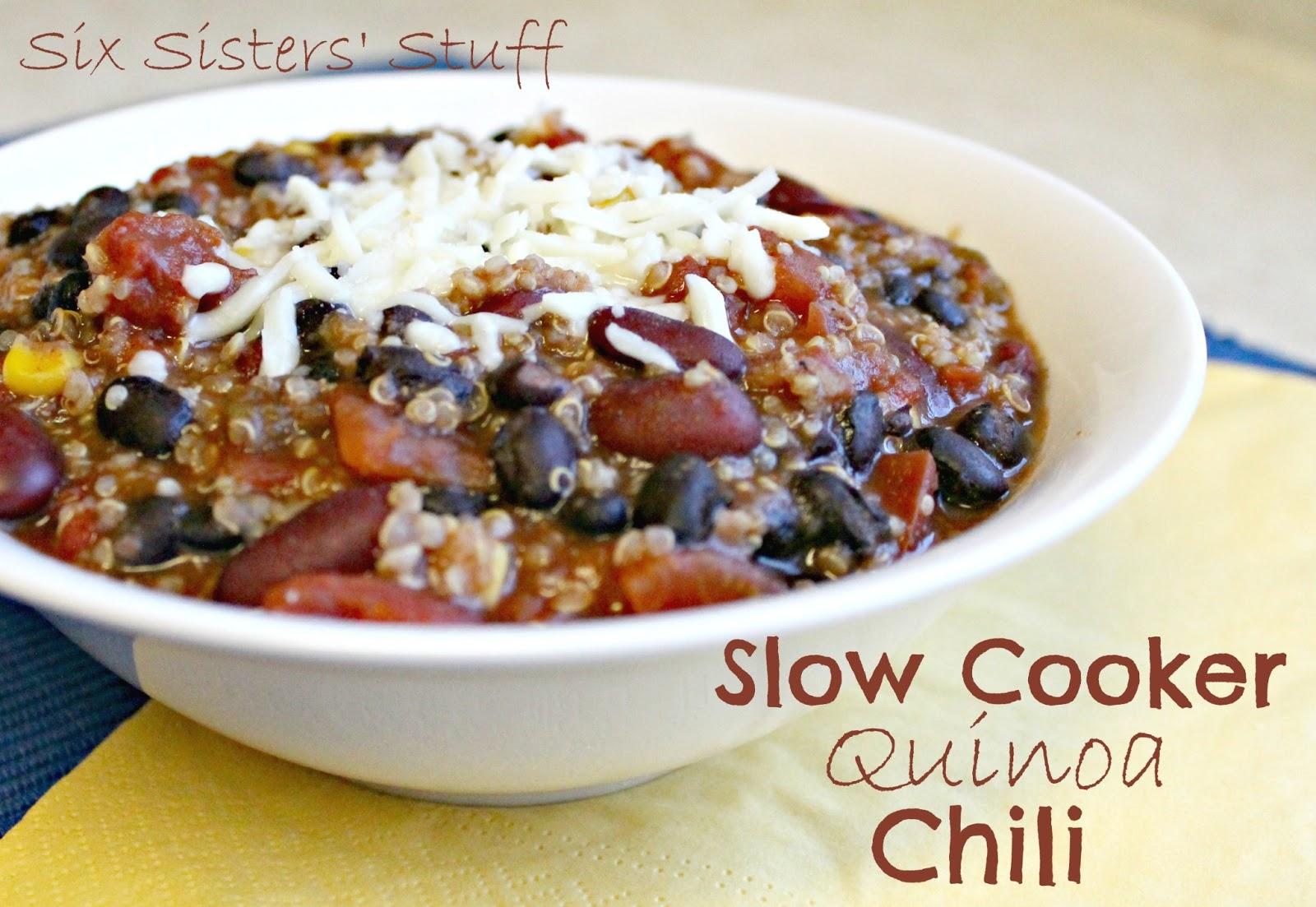 Slow cooker Quinoa Chili | Six Sisters' Stuff