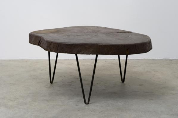 pigeon vintage le corbusier On table tronc d arbre
