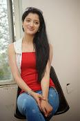 Richa Panai latest glamorous photos-thumbnail-7