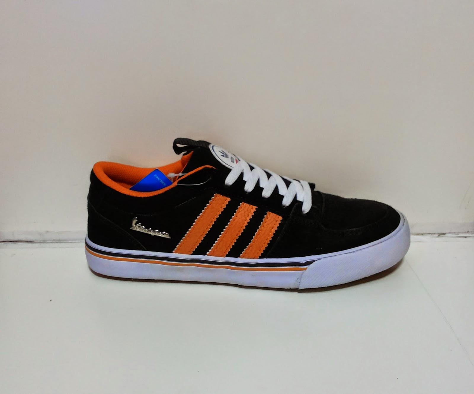 Sepatu Adidas Vespa