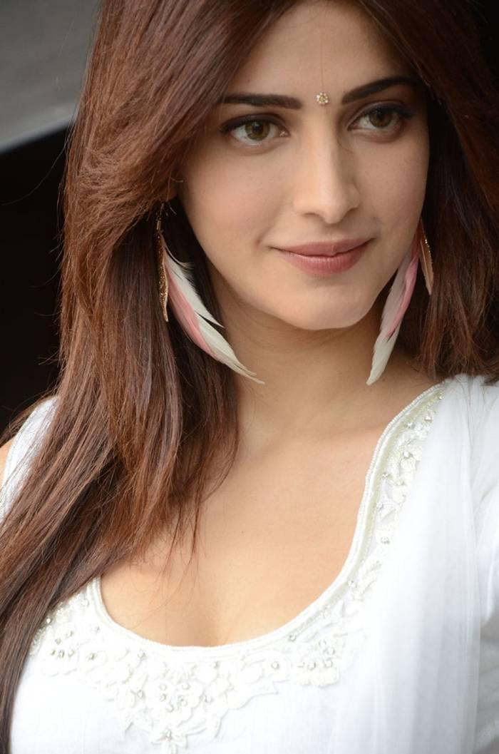 Shruti Hassan Latest Photos In White Dress