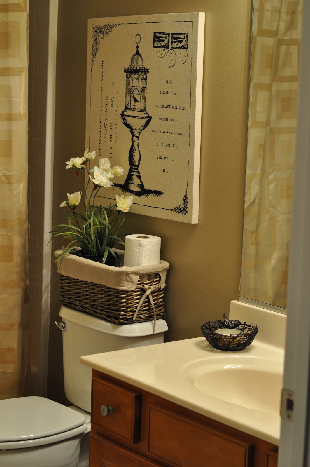 The Small Things Blog: The Bland Bathroom Makeover Reveal