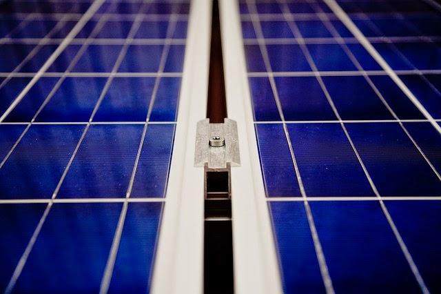Gas Licht Vergelijken : Zonnepaneelbezitters kunnen nu ook vergelijken energienieuws