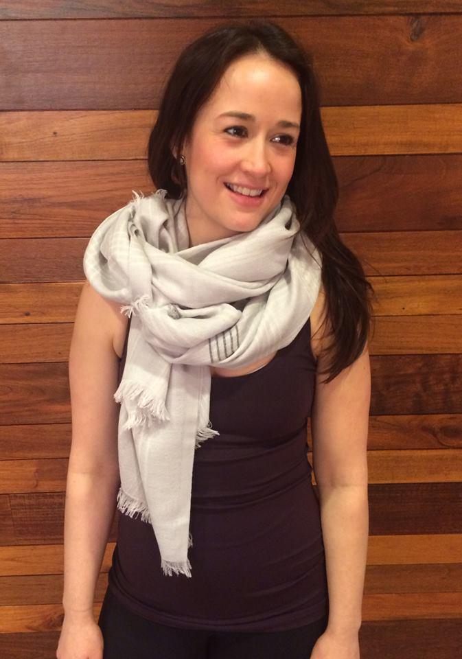 mudra scarf lululemon