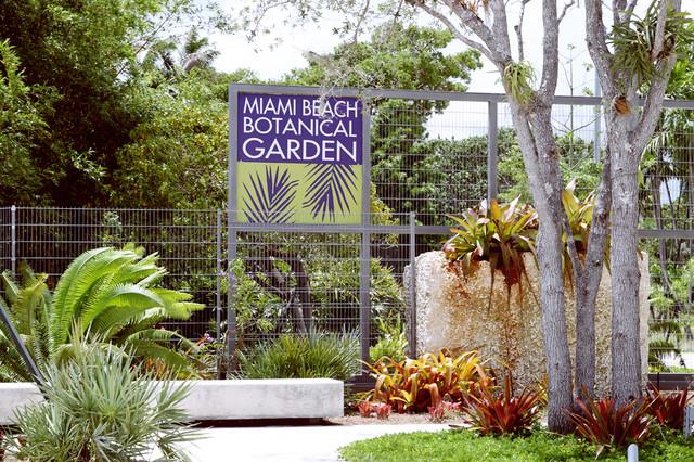 Merveilleux Robertu0027s Tropical Paradise Garden: Miami Beach Botanical Garden Is The  Crown Jewel Of South Florida