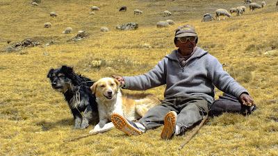 carlos_montaña_paisaje_trekking_hiking_laguna_rapagna_lima_chosica_huarochiri_peru