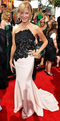 Anna Gunn, 2013 Emmys, red carpet, awards show